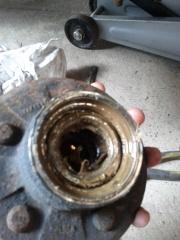 more old bearings (inside hub)